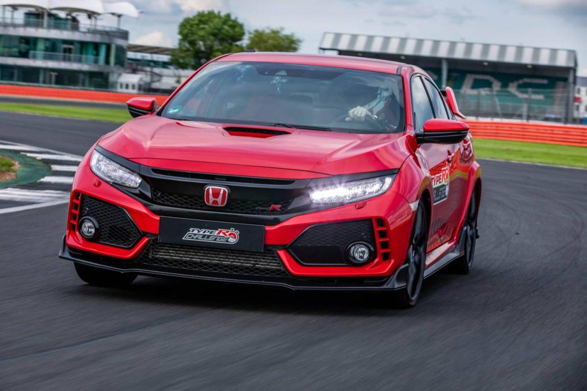 2018 Honda Civic Type R sets lap record at Silverstone (video)