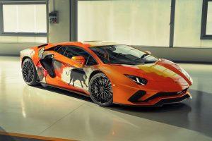 Lamborghini Aventador S gets wicked street art by Skyler Grey